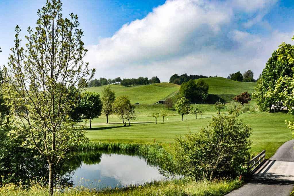 Idyllische Landschaft auf dem Golfplatz Küssnacht