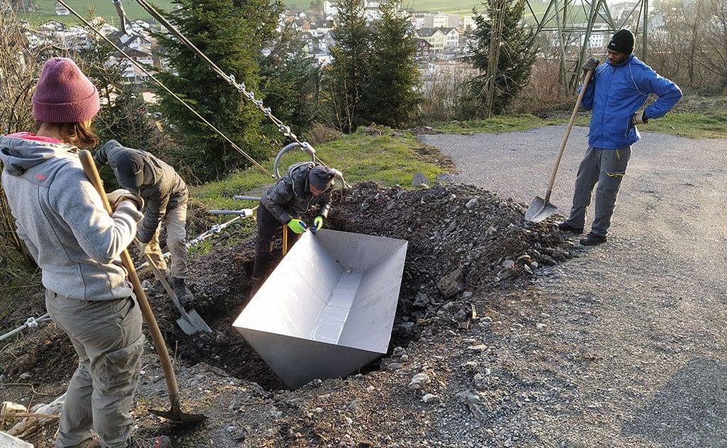 Amphibienförderung mit Stahlwannen in Schwyz 3
